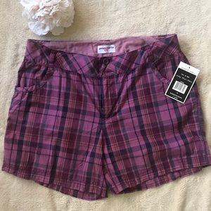 Pants - NWT Plaid shorts size 12 George and Martha